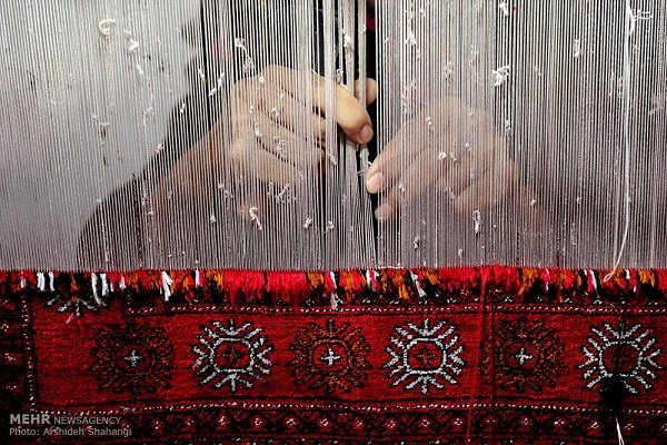 Iran, Russia to remove barriers to handmade carpets export