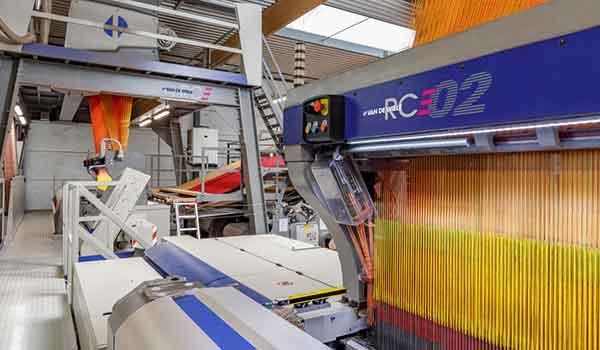 فرش ماشيني و تكنولوژي بافت CRT - مجله نساجی و فرش ماشینی کهن